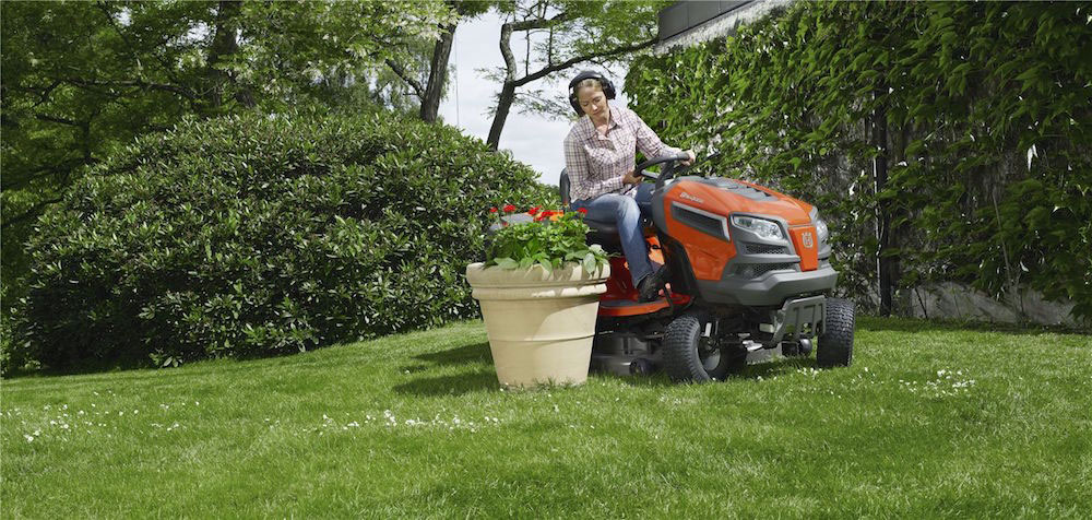 LAWN TRACTOR BATTERY REVIEWS